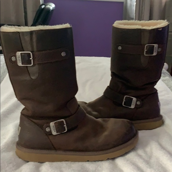 UGG Shoes - Leather Ugg boots